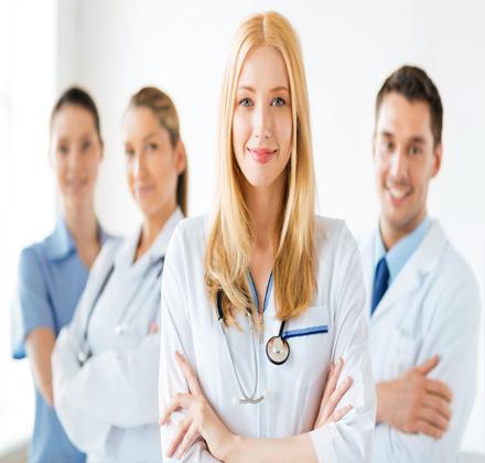 پرستار بیمار در بیمارستان