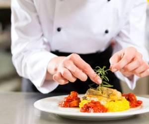 آشپزی | تهیه غذا برای اعضای خانواده