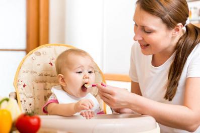 پرستاری از نوزاد سه ماهه در ولنجک