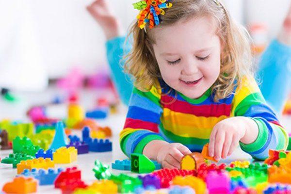 پرستاری از کودک 6ساله درمیدان اختیاریه