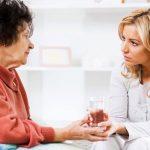پرستاری از بیمار و امور منزل