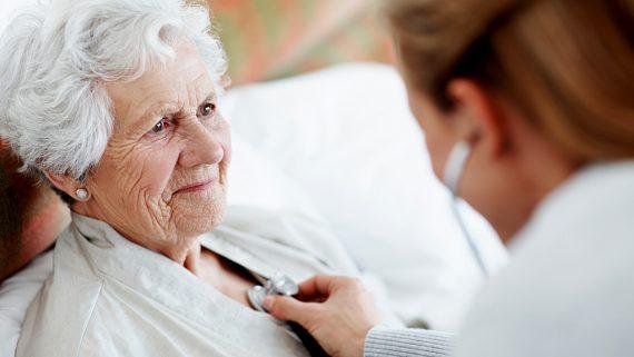 مراقبت از سالمند خانم 80 ساله ، دماوند