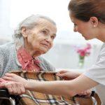 پرستاری از سالمند 83 ساله پوشکی ، باقر شهر