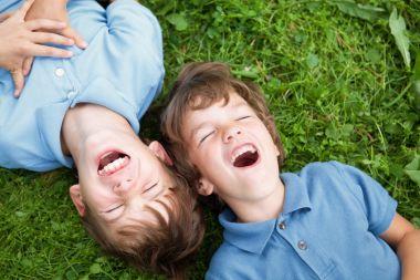 پرستاری از کودک دوقلو 9 ساله ، زعفرانیه