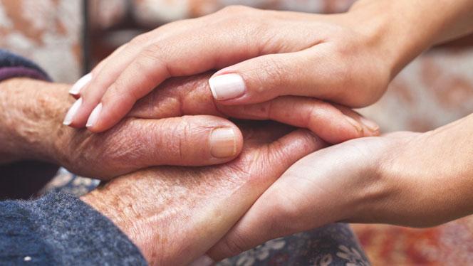 پرستاری از سالمند خانم تنها و سالم ، مترو گلبرگ