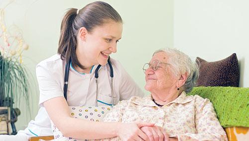 مراقبت از سالمند خانم 90 ساله ، شهرک غرب