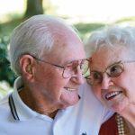 همراه زوج سالمند در منزل