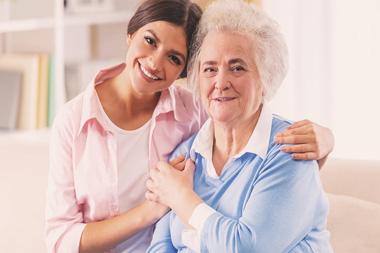 مراقبت از سالمند خانم سالم و تنها ، خیابان فاطمی