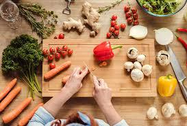 امور منزل و آشپزی برای سه نفر ، قیطریه