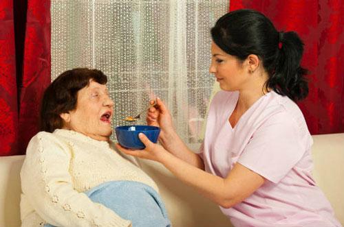 مراقبت از سالمند خانم سکته مغزی ، سید خندان
