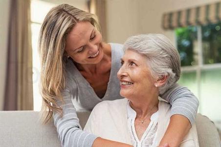 مراقبت از سالمند خانم تنها در مجدیه شمالی