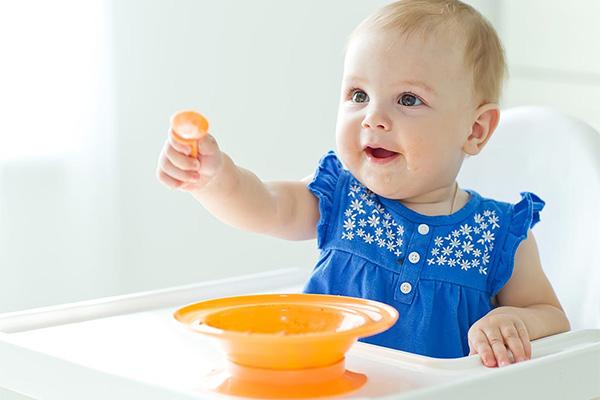 مراقبت از نوزاد 8 ماهه ، ولیعصر بالا