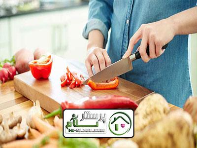 امور منزل و آشپزی برای سه نفر ، سعادت اباد