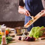امور منزل و آشپزی برای دو نفر شهرک غرب